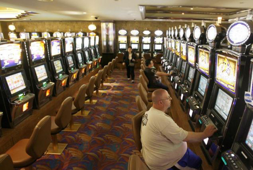 addiction to slot machines in casinos a serious social problem
